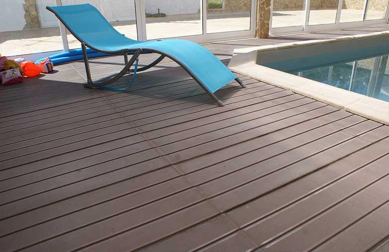 Linha portucale for Pavimentos para piscinas exteriores